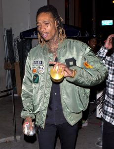 wiz-khalifa-marihuana-hollywood-1